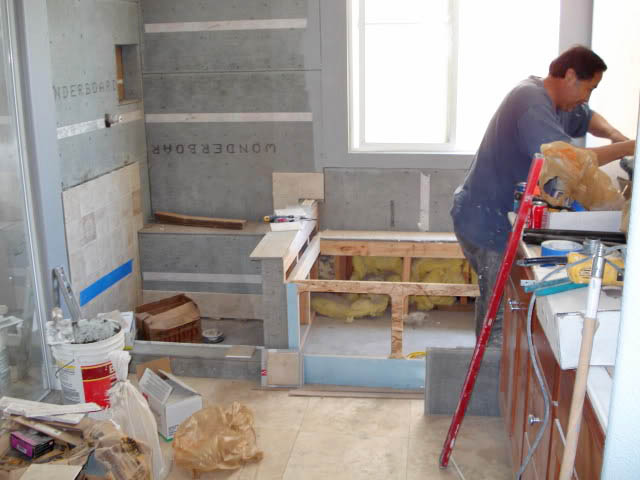 Low cost diy bathroom remodeling tips for new homeowners for Local bathroom remodelers