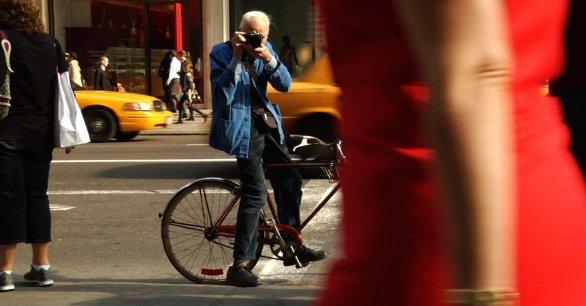 Icon Photographer Bill Cunningham Dies at 87c